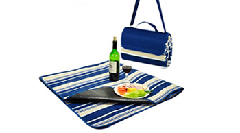Picnic Blanket with water resistant backing